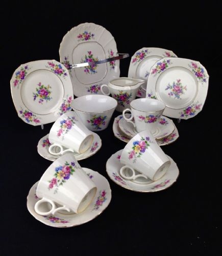 Czech Slovakia Tea Set / Afternoon Tea / Vintage / Floral / For 4 People